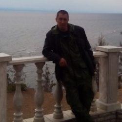 Девственник ищет ухоженную девушку в Казани для секса