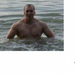 Парень хочет найти девушку в Казани