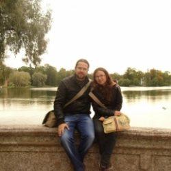 Молодая пара ищет девушку для секса жмж с элементами БДСМ в Казани