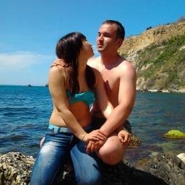 Пара ищет девушку в Казани для развратного секса