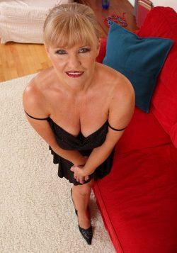 Милая хрупкая блондинка, высокая! Хочу секса с мужчиной в Казани!