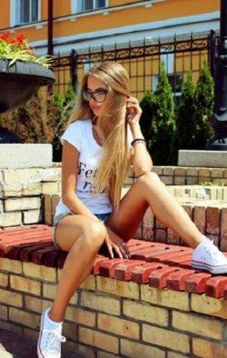 Симпатичная, сексуальная помогу расслабиться чистоплотному, взрослому мужчине в Казани