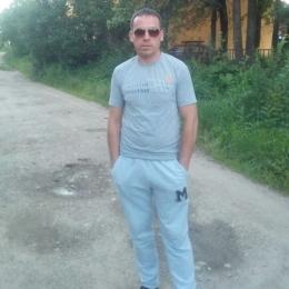 Пара, ищем би девушку в Казани!